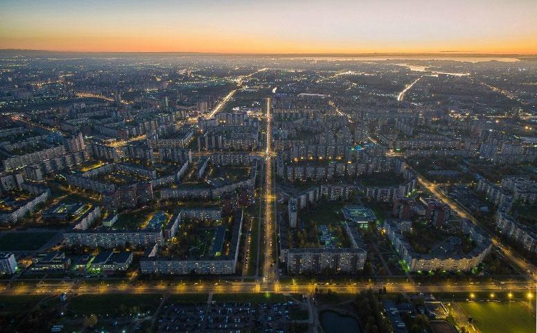 Возможность использования россиянами собственных средств для покупки жилья была бы совсем призрачной, если бы не трудовая миграция.