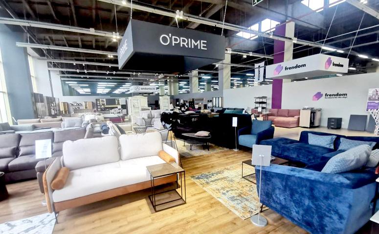 O'Prime обосновывается в Европе.